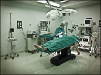 15 BEING THERE Operating Room, Sala de Operaciones