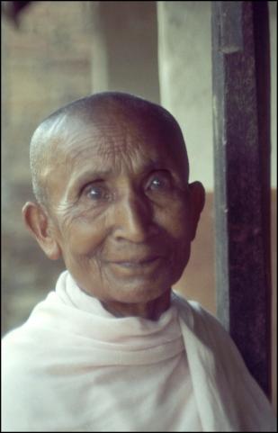 Nepal, Northern Nepal, Buddhist Nun 459