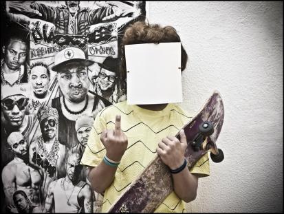 12 FACELESS, SIN ROSTRO Skater, Skater