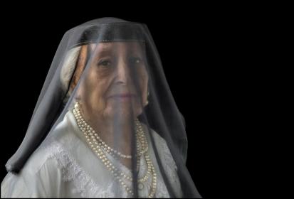09 VEILS, VELOS Old Queen, Vieja Reina